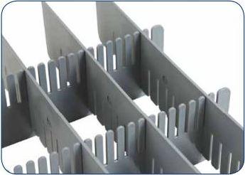 Voor alle bakken 600x400 mm Lengte- en Breedte-element op de gewenste maat in elkaar geklikt